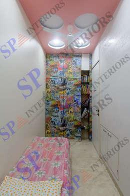 Sagar bajaj: modern Living room by SP INTERIORS