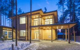 Фасад дома при ночном освещении: Деревянные дома в . Автор – LUMI POLAR