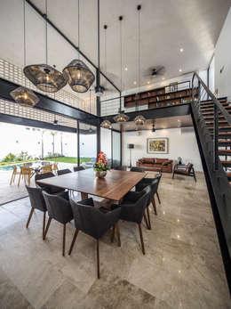 Un Patio: Comedores de estilo moderno por P11 ARQUITECTOS