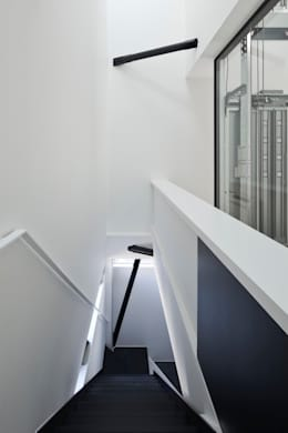 階段室: 石川淳建築設計事務所が手掛けた階段です。