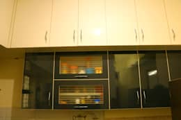 2BHK @ Poornima Elite: minimalistic Kitchen by FOGLINE INTERIORS