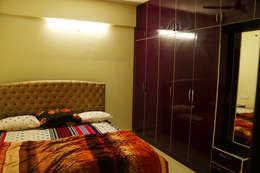 2BHK @ Poornima Elite: minimalistic Bedroom by FOGLINE INTERIORS