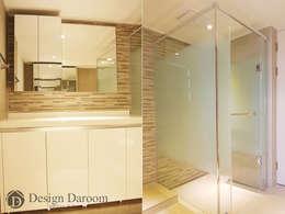 광장동 현대홈타운 53평형 안방욕실: Design Daroom 디자인다룸의  화장실