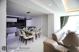 광장동 현대홈타운 53평형 주방: Design Daroom 디자인다룸의  주방