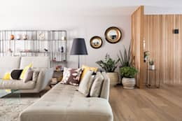 Appartement BORDEAUX Wilson: Salon de style de style Moderne par Julie Chatelain
