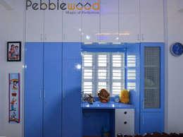 Sriharsha - Ullal - Bangalore: modern Bedroom by Pebblewood.in