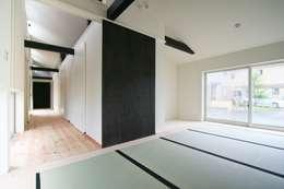 和室: 石川淳建築設計事務所が手掛けた和室です。