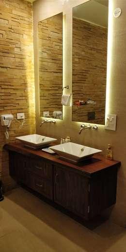 BudhVilas, Goa: modern Bathroom by OFIA - Office For International Architecture
