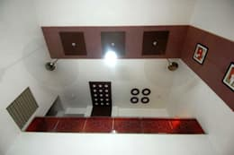 Sumit residence:  Corridor & hallway by B.N.Interiors