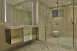 EXPRESSION: modern Bathroom by SPACCE INTERIORS
