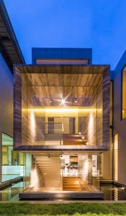Main Stairway - right elevation:  Stairs by MJKanny Architect