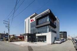 울산 북구 진장동 (진장명촌지구) HPI사옥 신축공사: 피앤이(P&E)건축사사무소의  주택