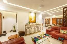 3 BHK Apartment - Fairmont Towers, Bengaluru: classic Living room by KRIYA LIVING