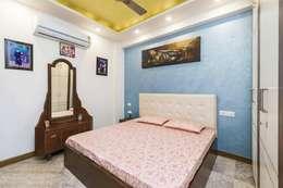 Mr. Mandal: modern Bedroom by Incense interior exterior pvt Ltd.