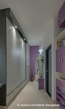 Corridor Interior Design:  Corridor & hallway by M/S Ashwin Architects