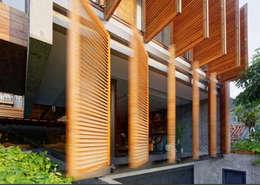 Dempo Rumah Batik:  Teras by Jati and Teak