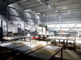 Edificio: Taller de experimentacion de materiales.: Bodegas de estilo  por Viga Arqutiectos