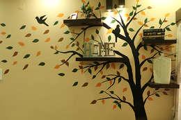 Living Room of Mr Jahan Biswas Kolkata: modern Living room by Cee Bee Design Studio