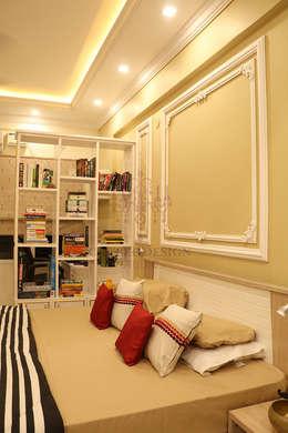2 BHK Apartment of Mr Santosh Nambiath Bangalore: country Bedroom by Cee Bee Design Studio
