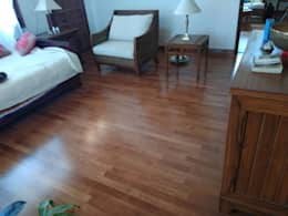 Solidwood Floor:  Floors by Opulo India