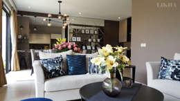 Ruang Tamu - Lantai 1 (Detail): modern Living room by Likha Interior