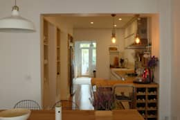 Stereo Mimarlık Atölyesi – Modern/8:  tarz Mutfak üniteleri