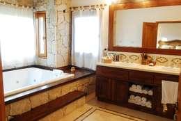 Country Normando: Baños de estilo clásico por CIBA ARQUITECTURA