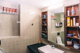 Bathroom - Origami Spaces(Origamispaces.com): modern Bathroom by Origami Space Design