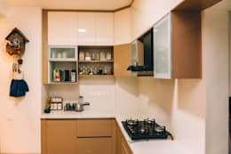 Acrylic Soft Close Modular Kitchen Shutters - Origami Spaces(Origamispaces.com):  Kitchen units by Origami Space Design