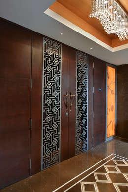 DAHANU- VIJAY GHODAWAT: modern Bedroom by smstudio