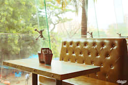 AGENT JACK VEERA DESAI: modern Dining room by smstudio