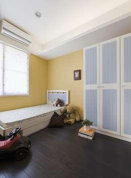 光源通透、無限放大的居家LOOK!:  嬰兒/兒童房 by 禾光室內裝修設計 ─ Her Guang Design