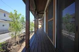 高床の家: 田村建築設計工房が手掛けた木造住宅です。