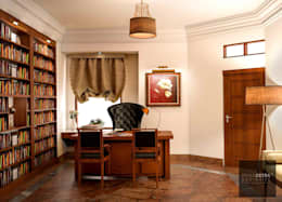 Study/Office - Villa in Manipur: colonial Study/office by Design Extraordinaire