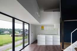 ダイニング: 石川淳建築設計事務所が手掛けたダイニングです。