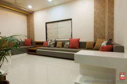 Interior of Residence for Mr. Chandrashekhar R: minimalistic Living room by ABHA Design Studio