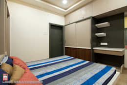 Interior of Residence for Mr. Chandrashekhar R: minimalistic Bedroom by ABHA Design Studio