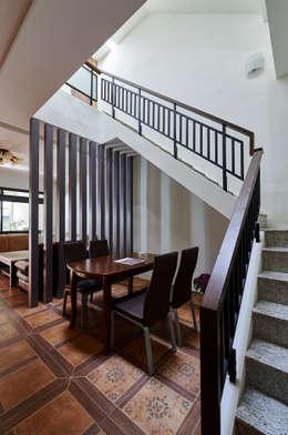 南投埔里住宅設計案:  餐廳 by 瑞瑩室內裝修設計工程有限公司