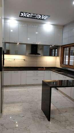 Kitchen :  Kitchen units by Geometrixs Architects & Engineers