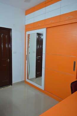 Stylish Apartment: modern Bedroom by Vdezin Interiors