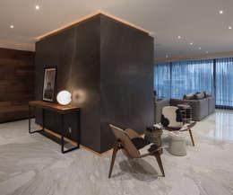 Departamento HL: Pasillos y recibidores de estilo  por Concepto Taller de Arquitectura