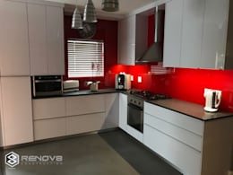 JOINERY DEPARTMENT: modern Kitchen by Renov8 CONSTRUCTION