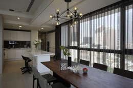 築采 慕尼黑:   by 築采設計 - Leve Interior Architects