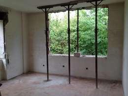 Apertura foro camera : Case in stile In stile Country di Architetti Baggio