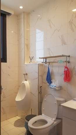 主臥衛浴:  浴室 by 懷謙建設有限公司