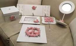 Conjunto romantico: Dormitorios de estilo ecléctico por ANADECO