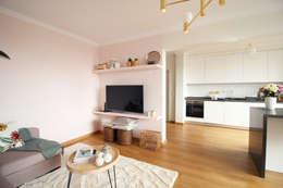 Sala e cozinha em open space : Salas de estar escandinavas por Rima Design