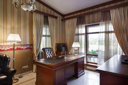 «Солнечная Резиденция», Дом в Румболово, 260 м.кв.: Рабочие кабинеты в . Автор – Дизайн элитного жилья   Студия Дизайн-Холл
