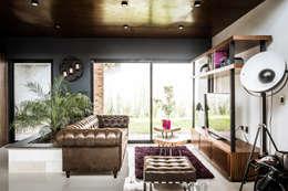 Loft Concord:  de estilo  por Arquitectos Ejecutivos