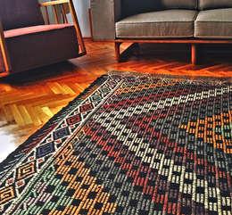 Selam Carpet & Home – Teşvikiye: eklektik tarz tarz Duvar & Zemin